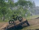 障害物を乗り越えて進む3Dモトクロスバイクゲーム モトクロス トライアルズ
